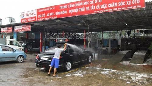rửa xe dọn nội thất tăng giá ngày cận tết