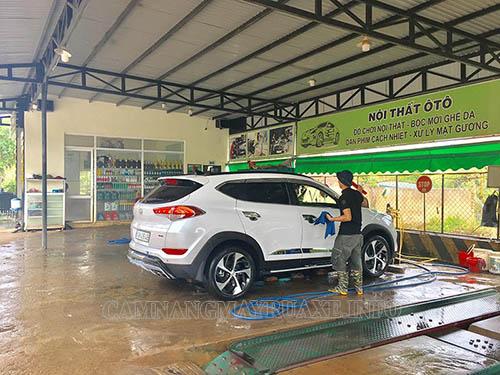 Vốn đầu tư, mặt bằng, thiết bị là những yếu tố cấu thành nên cửa hàng rửa xe chuyên nghiệp
