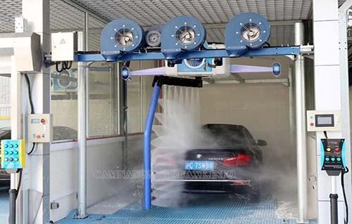 Công nghệ rửa xe tự động giúp tiết tối đa kiệm thời gian và công sức