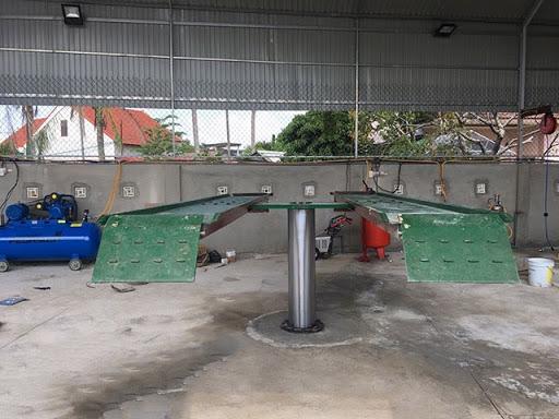 Cầu nâng rửa xe 1 trụ sử dụng cơ cấu nâng hạ thủy lực